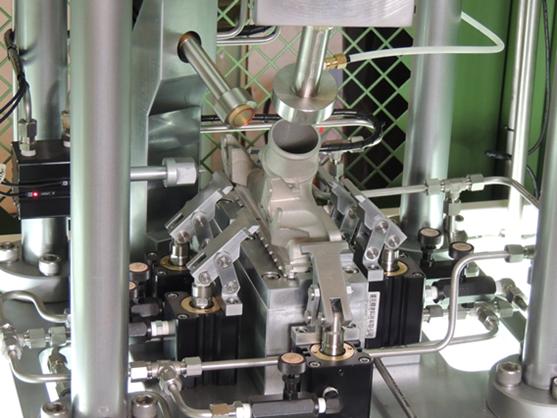 Dry-Wet 2 ways & 2 workpiece in one leak testing machine