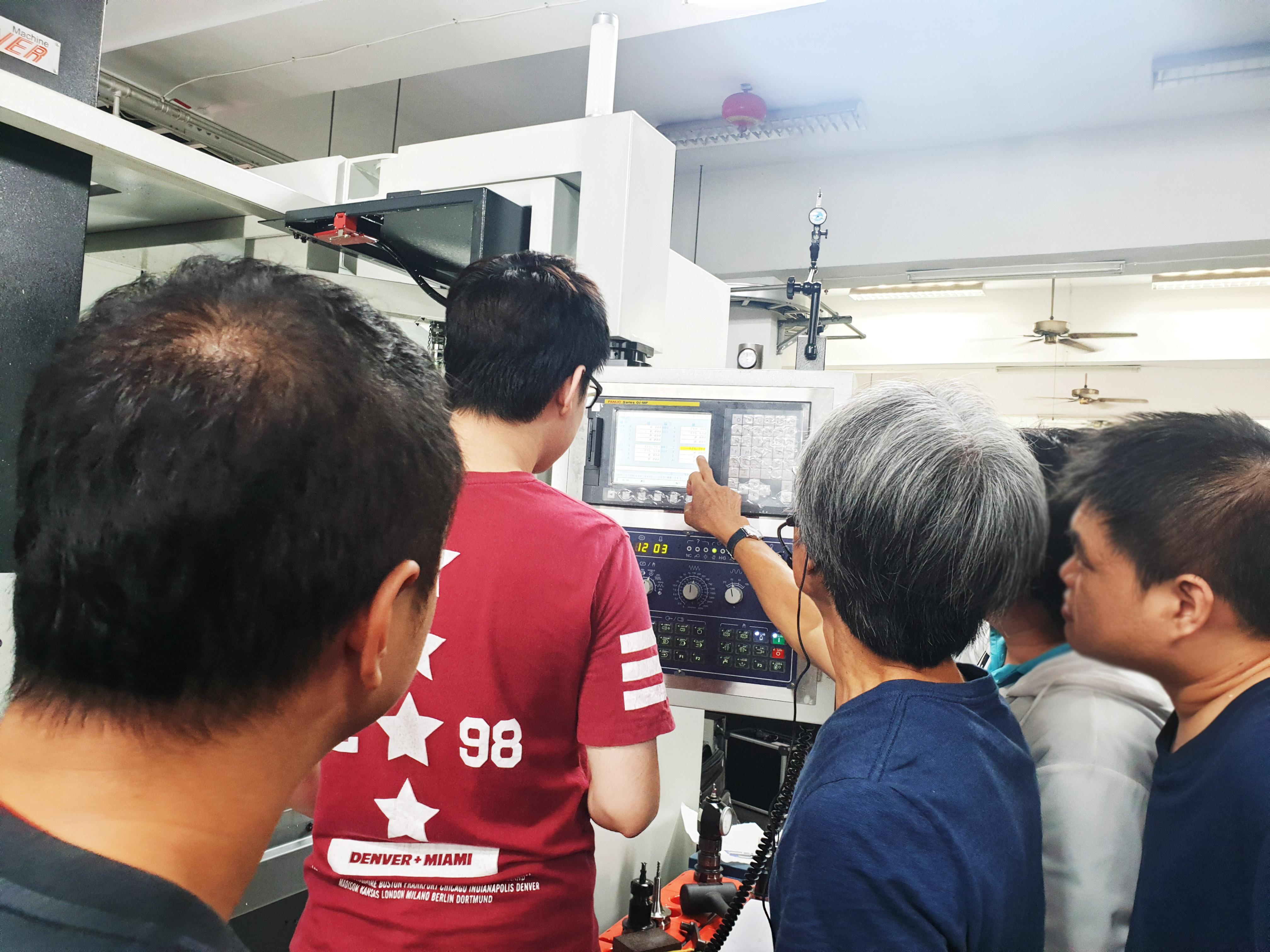 CNC車床工程師培訓班